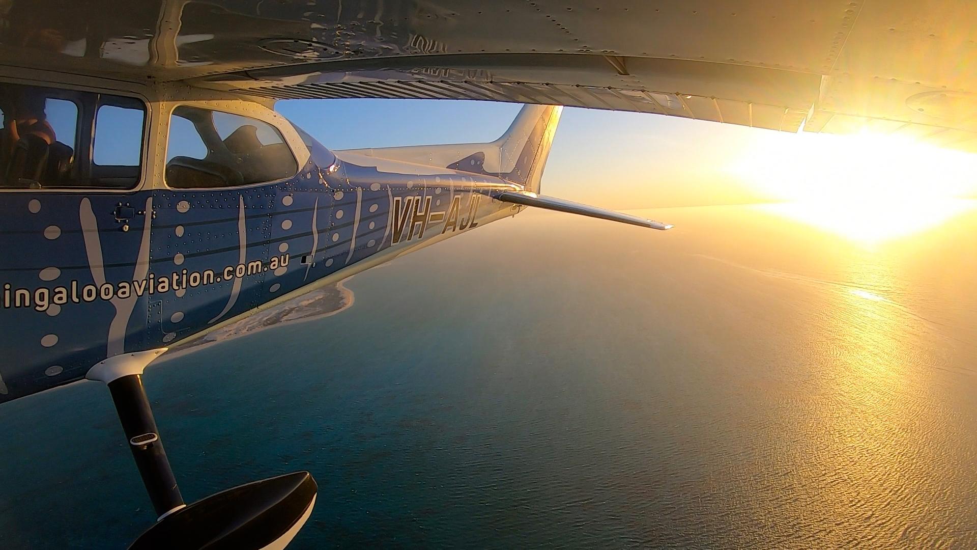 Sunset scenic flight above Ningaloo